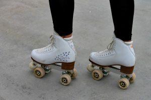 patin-roulette-blanc-femme